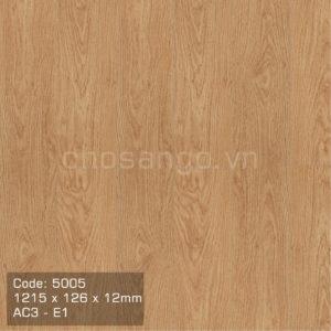 Sàn gỗ Kronospan 5005 chất lượng